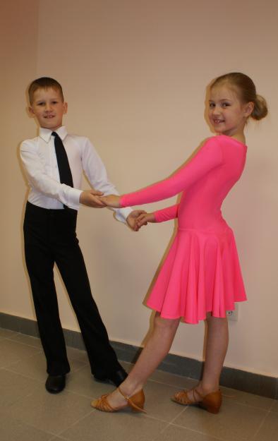 bbc183b8daf Подбор одежды для бальных танцев